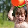 Как правильно закалять ребенка