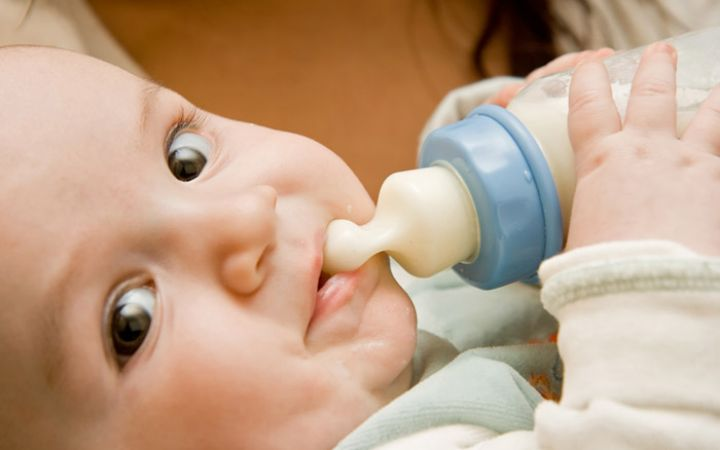 Искусственное вскармливание ребенка до года