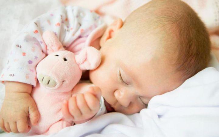 Как научить ребенка засыпать самостоятельно в 1 год