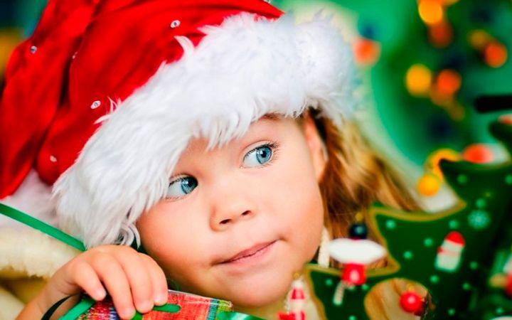 Новогодние короткие стихи для детей