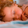 Почему ребёнок ночью скрипит зубами