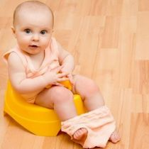 Почему у ребенка зеленый стул