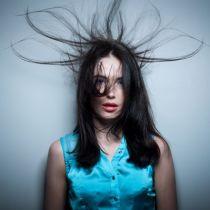 Волосы электризуются, что делать, народные средства