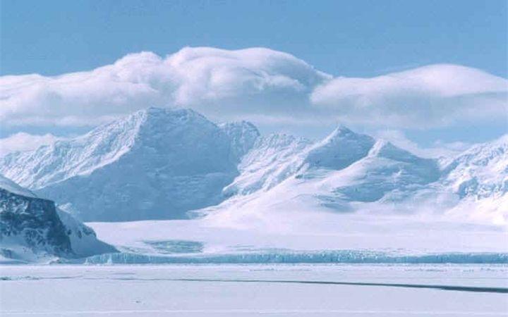 Почему Антарктида самый холодный материк на земле