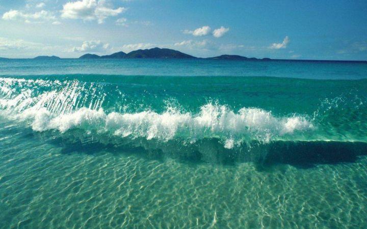 Почему вода в морях и океанах соленая