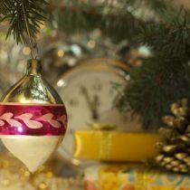 Готовимся к Новому году — наряжаем ёлку