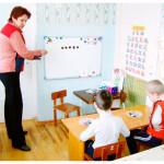 razvi-umstvenno-otstalyh-dete