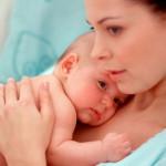 y novorojdennogo tryasetsya podborodok pri plache