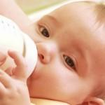молоко ребенку